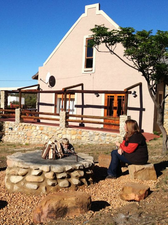 Ladismith Accommodation - Oaksrest Vineyard