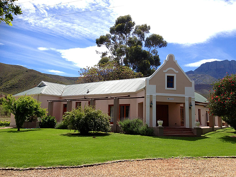 Pinotage Farmhouse at Oaksrest Vineyards