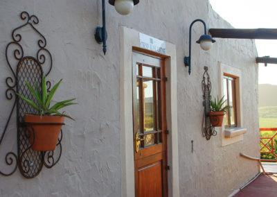 Chenin Blanc cottage at Oaksrest Vineyards